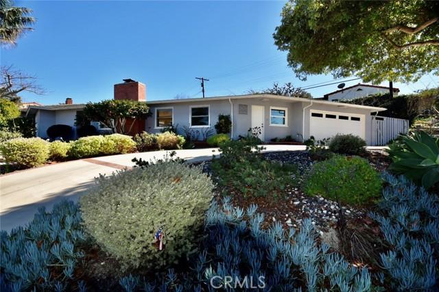 301 Via Linda Vista, Redondo Beach, California 90277, 2 Bedrooms Bedrooms, ,1 BathroomBathrooms,Single family residence,For Sale,Via Linda Vista,PV21038105