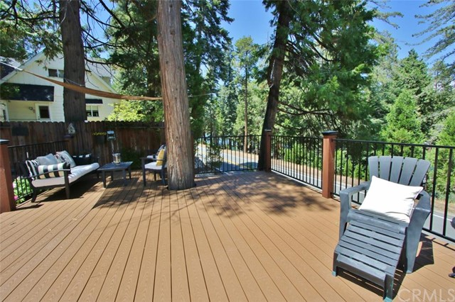 Additional photo for property listing at 163 State Hwy 173  S  Lake Arrowhead, California 92352 United States