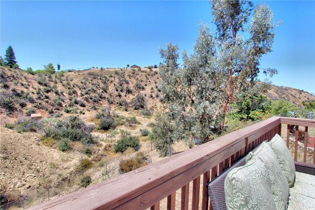 Additional photo for property listing at 10022 Walnut Tree Lane  Yucaipa, California 92399 United States