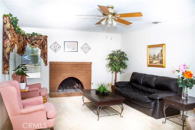 8558 Banyan Street, Rancho Cucamonga CA: http://media.crmls.org/medias/c1d29a33-57e4-4272-830f-319a91b84662.jpg