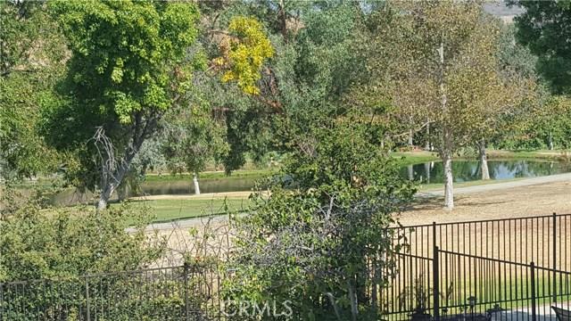 3019 Choctaw Avenue, Simi Valley CA: http://media.crmls.org/medias/c1d442a2-b427-45ef-8c37-164261047988.jpg