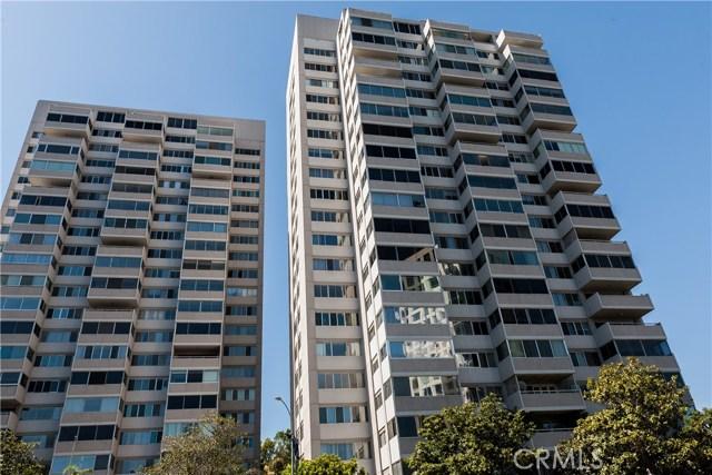 875 Comstock Avenue, Los Angeles CA: http://media.crmls.org/medias/c1dcc82b-ae34-4ea2-9804-02773a9dd607.jpg