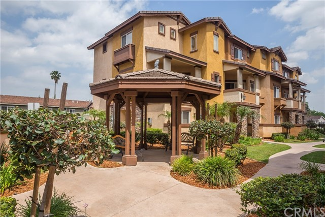 Townhouse for Rent at 501 Lark Ellen N Covina, California 91722 United States