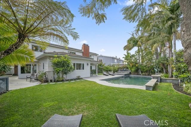 Costa Mesa                                                                      , CA - $1,565,000