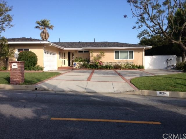 3204 Corinna Drive Rancho Palos Verdes, CA 90275 is listed for sale as MLS Listing PV16127264