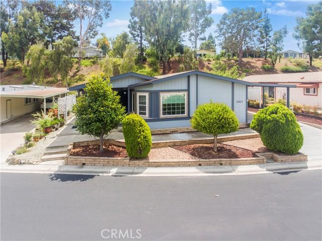 5423 Spencer Lane, Carlsbad CA: http://media.crmls.org/medias/c1ebc800-bd18-44e0-a6c1-1a28f6cad32c.jpg