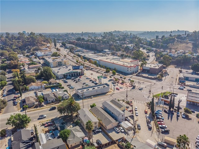 3538 Hillview Pl, Los Angeles, CA 90032 Photo 43
