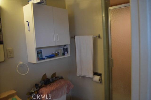 25474 Gentian Avenue, Moreno Valley CA: http://media.crmls.org/medias/c205f900-481f-4846-bceb-c7b9f9d4a0b0.jpg