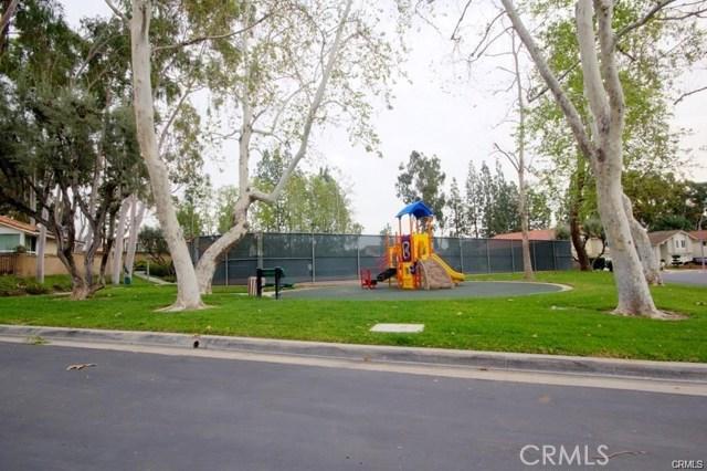 1800 Clear Creek Drive, Fullerton CA: http://media.crmls.org/medias/c20f96c4-7dfd-45ba-a163-e871d21cff56.jpg