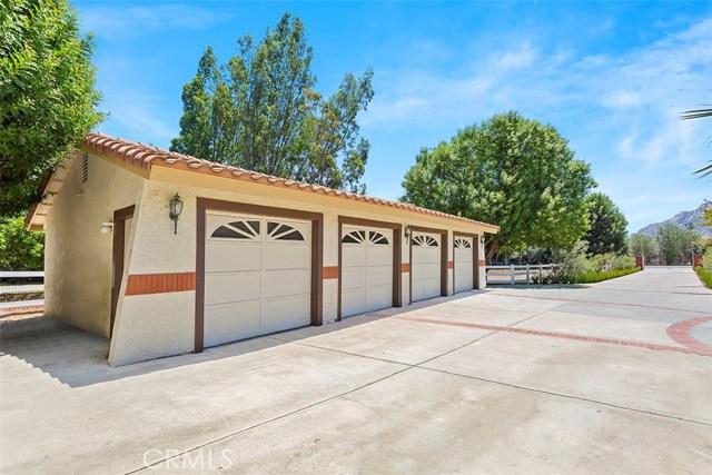 30260 Ynez Road, Temecula CA: http://media.crmls.org/medias/c21a088f-88bf-4270-a7cc-e00c2923f1af.jpg