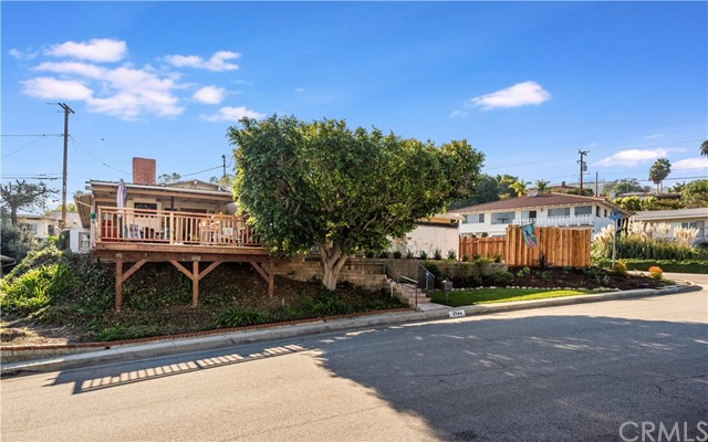 Photo of 2144 Noble View Drive, Rancho Palos Verdes, CA 90275