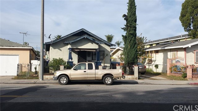 825 Alamitos Avenue, Long Beach, CA 90813