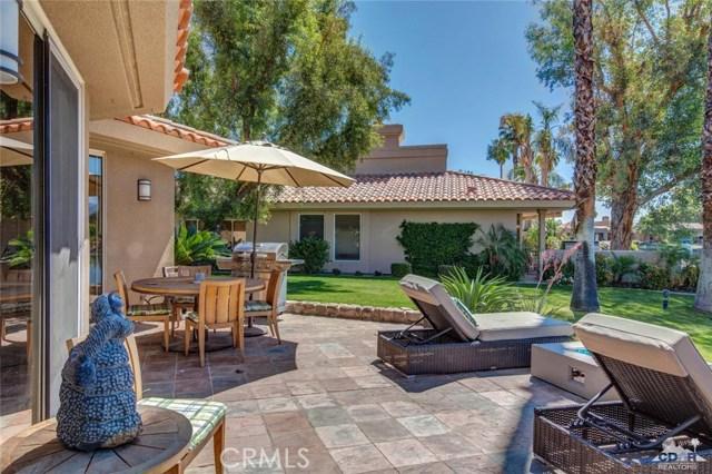 186 Desert Lakes Drive, Rancho Mirage CA: http://media.crmls.org/medias/c25404e5-a908-4d14-ade9-4a67c0ea5dba.jpg