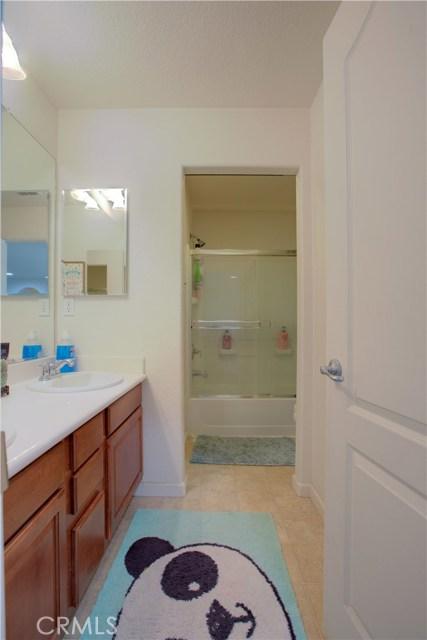 2057 Canon Persido Court, Atwater CA: http://media.crmls.org/medias/c26351d1-38bc-4d8f-aa60-c865c0cad830.jpg