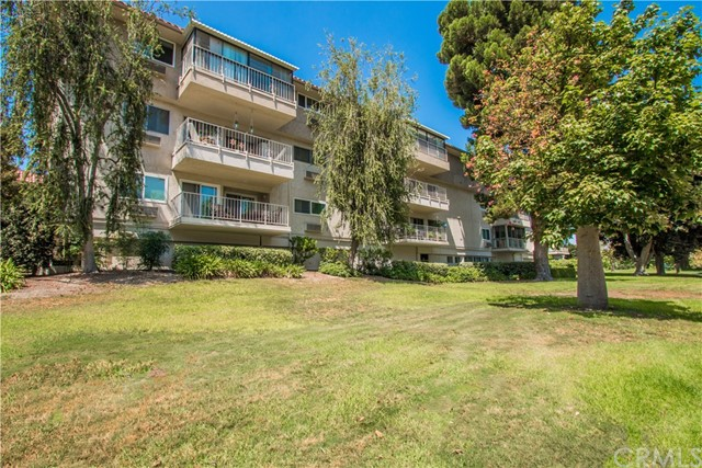 2384 W Via Mariposa Unit 2C Laguna Woods, CA 92637 - MLS #: LG18041479