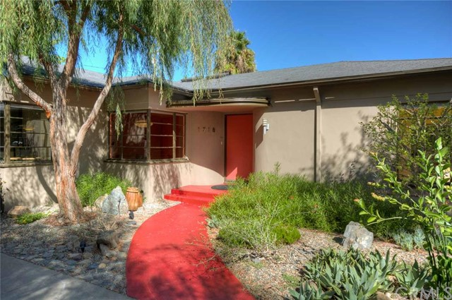Single Family Home for Sale at 1718 North Flower St 1718 Flower Santa Ana, California 92706 United States