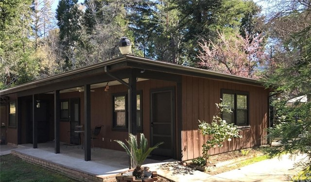 Single Family Home for Sale at 44229 Kaweah River Drive Three Rivers, California 93271 United States