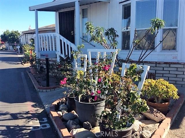 432 S Harbor Boulevard, Santa Ana CA: http://media.crmls.org/medias/c28d4996-77ff-49b9-a322-d14c49167b0d.jpg