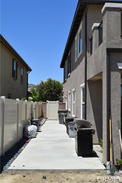 30439 Mahogany Street, Murrieta CA: http://media.crmls.org/medias/c28e2b73-ab31-4f6c-8802-129e2ba45729.jpg