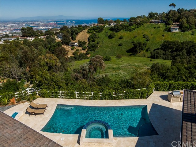 1 Maverick Lane, Rolling Hills, California 90274, 4 Bedrooms Bedrooms, ,4 BathroomsBathrooms,Single family residence,For Sale,Maverick,PV19085291