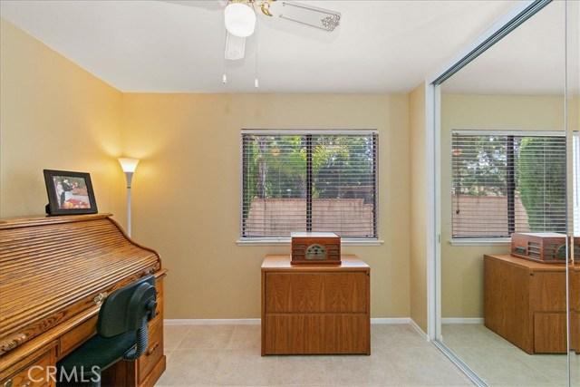 1203 Duke Lane, Walnut CA: http://media.crmls.org/medias/c2a982fb-f634-44d6-888d-de7a0e6ca5e3.jpg