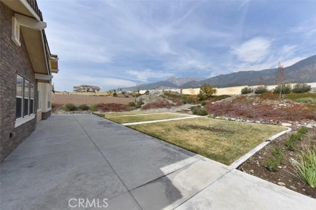 4981 Woodley Ridge Drive, Rancho Cucamonga CA: http://media.crmls.org/medias/c2aae7bb-320e-4cba-9222-dd3feaa38ab9.jpg