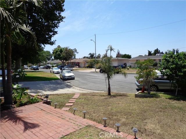 3944 N Frijo Avenue, Covina CA: http://media.crmls.org/medias/c2bd911c-be15-4ca2-8901-6092210a9de0.jpg