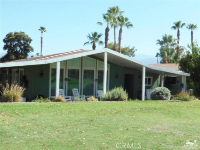 73450 Country Club Drive, Palm Desert CA: http://media.crmls.org/medias/c2da3666-c083-419a-b11e-c6bf460ad5a3.jpg