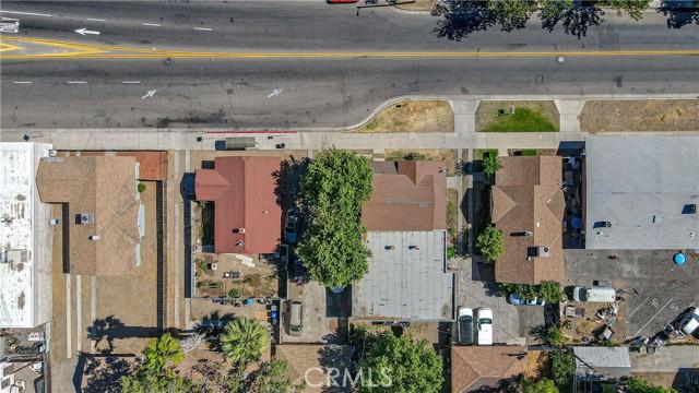 1625 E Olive Avenue, Fresno CA: http://media.crmls.org/medias/c2e73326-8c8e-4e88-a7d8-1bd2164d7d4f.jpg