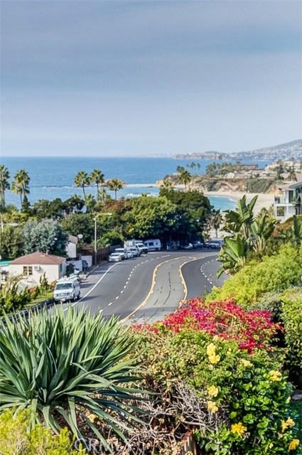 31365 Monterey Street, Laguna Beach CA: http://media.crmls.org/medias/c2f183df-1141-45bf-a5b0-43882c873e13.jpg