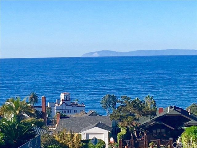 Single Family Home for Sale at 445 Hilledge Drive Laguna Beach, California 92651 United States
