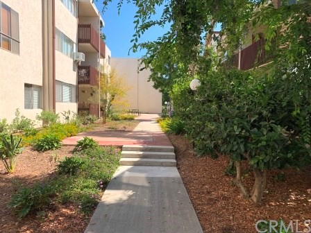 5900 Canterbury Dr L125, Culver City, CA 90230 photo 2
