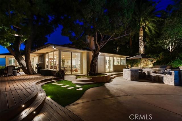 11402 La Vereda Drive, North Tustin CA: http://media.crmls.org/medias/c3177b57-0073-4d64-9375-35dc6a97e6c5.jpg