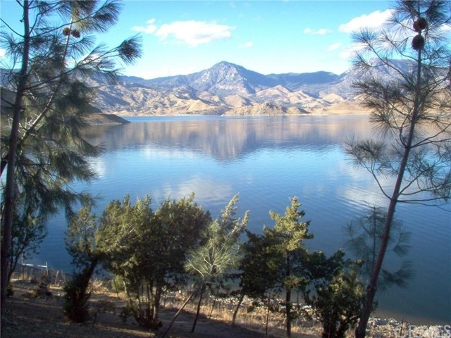 Single Family Home for Sale at 1165 Highway 178 Lake Isabella, California 93240 United States