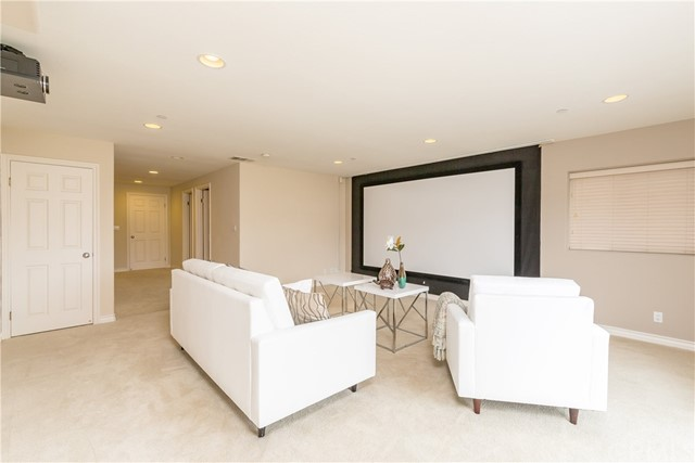 Additional photo for property listing at 1532 Harper Avenue  Redondo Beach, Califórnia,90278 Estados Unidos
