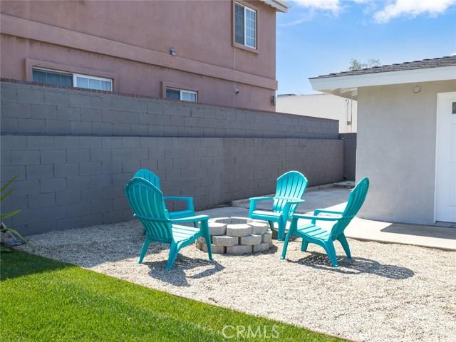 15414 Condon Avenue, Lawndale CA: http://media.crmls.org/medias/c3223562-0b1f-4338-98aa-f0ca706cc1b6.jpg