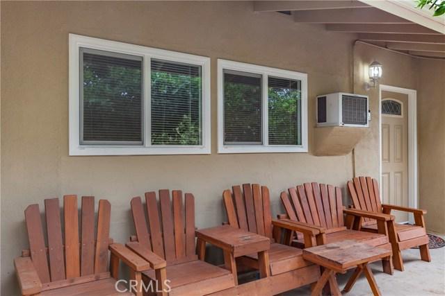 4119 Mariposa Avenue, Riverside CA: http://media.crmls.org/medias/c32445a0-05f6-44d9-bf64-6b118f697660.jpg