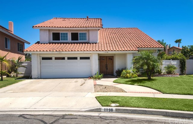 Single Family Home for Sale at 11198 Sudith Fountain Valley, California 92708 United States
