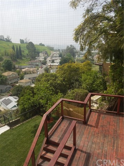 3832 Sunbeam Drive, Glassell Park CA: http://media.crmls.org/medias/c32c5aed-b3ce-4144-b52c-d5758b2fc1a9.jpg