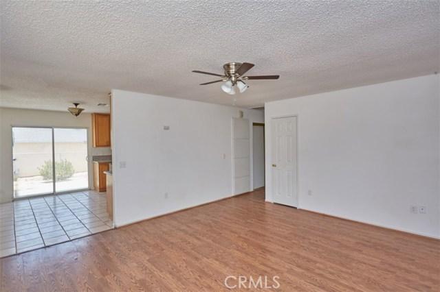 5685 Cahuilla Avenue 29 Palms, CA 92277 - MLS #: PW18167050