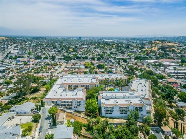 4760 Templeton Street, Los Angeles CA: http://media.crmls.org/medias/c3366aa3-9d74-45b4-ad37-6608b5efd533.jpg