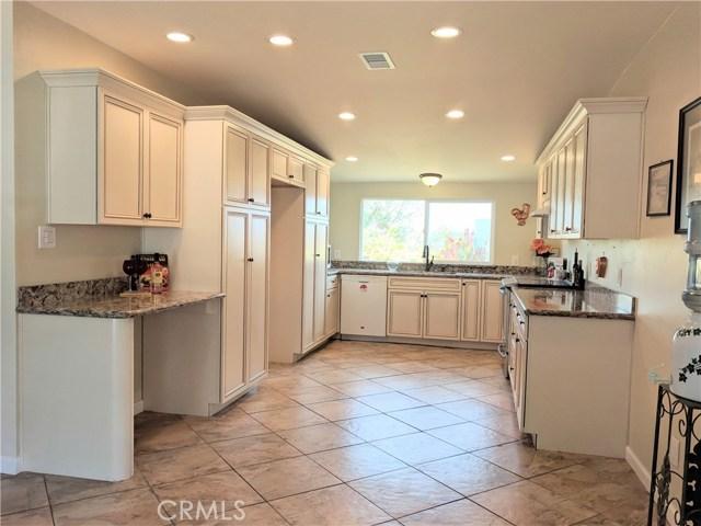 8566 Gardena Road Lakeside, CA 92040 - MLS #: OC18173608