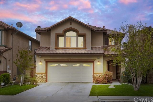 Detail Gallery Image 1 of 34 For 16761 Colonial Dr, Fontana,  CA 92336 - 3 Beds | 2/1 Baths