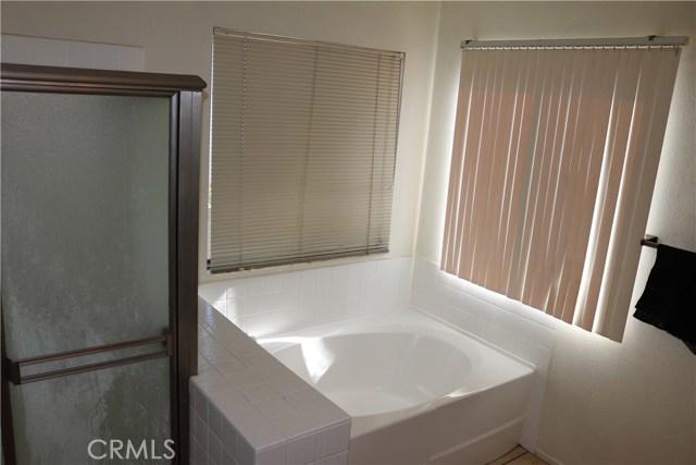 3583 Fensmuir Street, Riverside CA: http://media.crmls.org/medias/c354e45a-0f58-45b7-8439-e5a64f754248.jpg