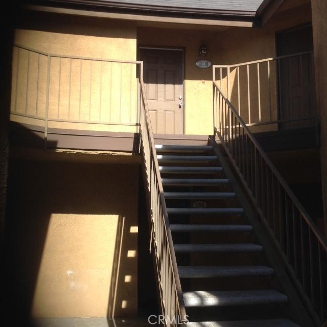 779 Gianni Drive, Corona CA: http://media.crmls.org/medias/c3574772-d454-4f77-a80b-ec203cc08c6d.jpg