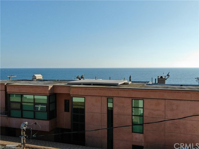 233 6th St, Manhattan Beach, CA 90266 photo 14