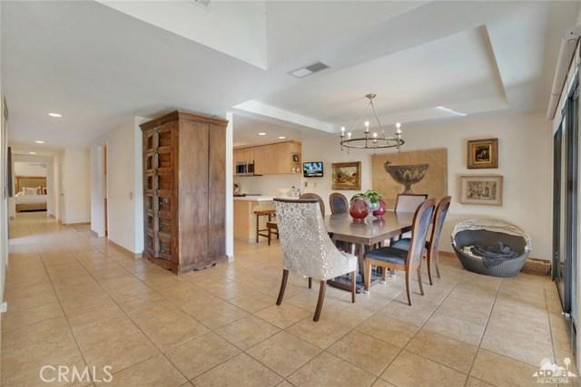 169 Camino Arroyo, Palm Desert CA: http://media.crmls.org/medias/c369cee1-84ce-49a5-8786-1b9c70055f0d.jpg
