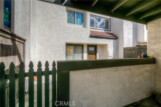 1661 S Heritage Cr, Anaheim, CA 92804 Photo 2