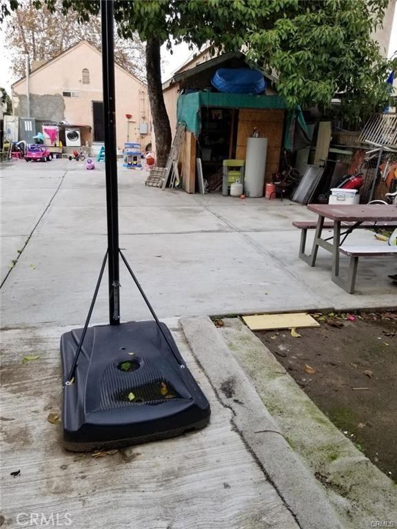 4636 Lomita Street, Los Angeles CA: http://media.crmls.org/medias/c3735556-314d-4e11-9219-d9d3bc1c036f.jpg