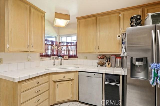 10222 Jennrich Avenue, Garden Grove CA: http://media.crmls.org/medias/c3763128-c213-4f15-b3a4-cd1909f27609.jpg